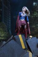 13.Supergirl Reign Supergirl
