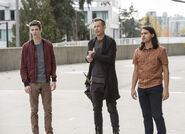 18.The Flash Dead or Alive Barry, HR et Cisco