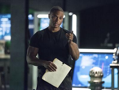 Arrow-brotherhood-episode-diggle