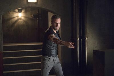 Arrow-season-4-restoration-jeremy-tell