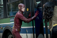 9.the flash monster Iris et Flash