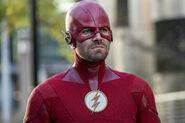 10.Arrow-elseworlds-part2-Oliver(Flash)