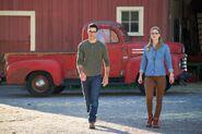 4.The Flash-elseworlds-part1-Clark Kent et Kara Danvers