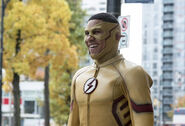 2.The Flash Borrowing Problems From the Future Kid Flash