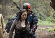 3.Arrow Lian Yu Deathstroke et Evelyn Sharp.jpg