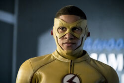 4.The Flash Borrowing Problems From the Future Kid Flash.jpg