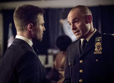 Arrow-brotherhood-episode-quentin