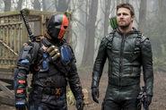 9.Arrow Lian Yu Deathstroke et Oliver