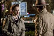 2.The Flash-Attack on Gorilla City-Caitlin et Julian