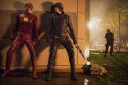 30.The Flash Invasion The Flash & Green Arrow, Spartan