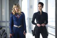 9.Supergirl-The Bottle Episode-Alex et Supergirl