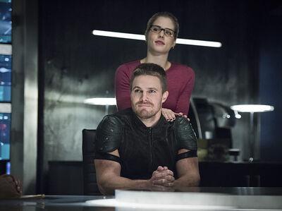 Arrow-brotherhood-episode-olicity