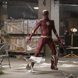 4.Crisis on Earth-X, Part 2 Arrow Flash.jpg