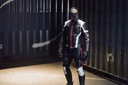 13.Arrow Dangerous Liaisons Mr. Terrific