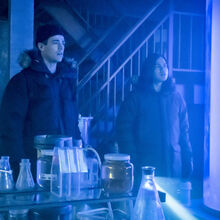 10.The Flash-The Icicle Cometh-Barry Allen et Cisco Ramon.jpg