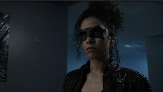 Arrow-saison-7-episode-4 Zoe Ramirez.jpg