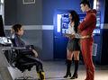 1.The Flash-All Doll'd Up-XS, Iris et Flash