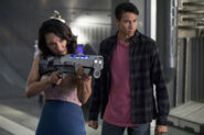 9.The Flash Mixed Signals Iris et Wally