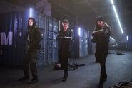 8.Arrow Dangerous Liaisons Helix, Felicity et Alena
