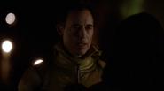 Harrison Wells (Earth-2) alias Reverse-Flash fight in Grodd (5)