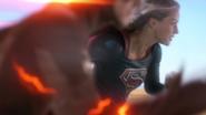 Supergirl say goodbye The Flash (6)