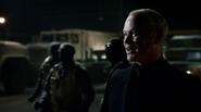 Damien Darhk fight Team Green Arrow in A.R.G.U.S (4)