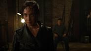 Eleanor z pomocą Mallusa odbiera chwilowo Kid Flashowi moce (2)