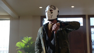 Royal Flush Gang robber first bank in Starling City (2)