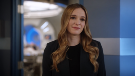 Caitlin Snow.png