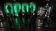 Team Arrow comforts Oliver