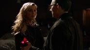 Laurel próbuje zdenerwować Caydena Jamesa