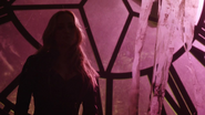 Sara Lance talk and eat with Sin (1)