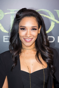 Candice Patton.png
