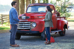 Elsewords - First look at Clark, Lois and Kara on the Kent Farm.png