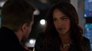 Mari McCabe advises Oliver Queen (9)