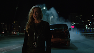 Team Green Arrow attack Black Siren (2)