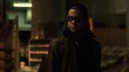 Cisco Ramon (Earth-2) fight Flash (4)