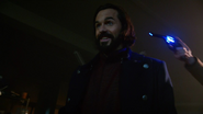 Vandal Savage fight Rip Hunter in ZSRR (1)