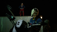 Tean Green Arrow with Flash and Supergirl Cyberwoman (4)