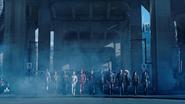 Bohaterowie Ziemi-1 stają do walki z nazistami z Ziemi-X (1)