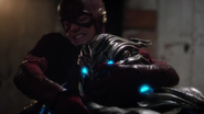 Savitar first real fight with Flash (4)
