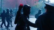 Dark Arrow rozpoczyna wojnę na ulicach Central City (1)