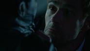 John close Manny in doctor body (2)