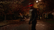 Eobard Thawne return to timeline to Central City (1)