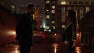 Mari McCabe and Oliver Queen says goodbye (5)
