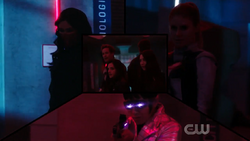 Team Flash prepare to fight the Black Hole metas.png