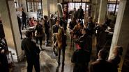 Czarna Syrena podaje się za zamordowaną Laurel Lance (1)