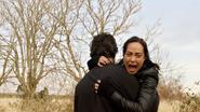 Mallus przenosi się z Nory do ciała Damiena Darhka (2)