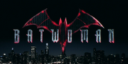 Title card da 3ª temporada de Batwoman