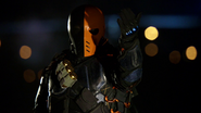 Deathstroke taking the prisoners